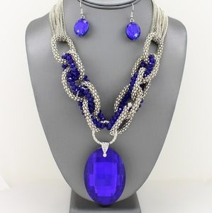 Oval Crystal Pendant Necklace Set
